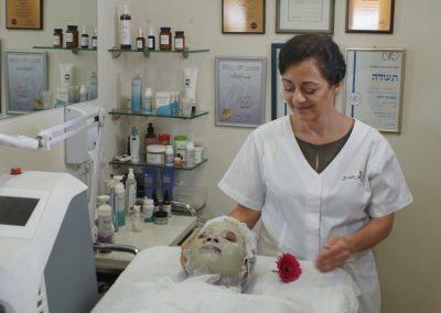 טיפול באקנה (8)